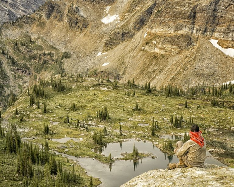 George looking down from Lucifer Trail, by Carol Quinn. ID _8GB7700